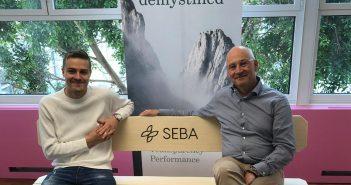 Unser Journalist Robin Uhlenbrock gemeinsam auf der SEBA Bank mit Guido Bühler, dem CEO von SEBA