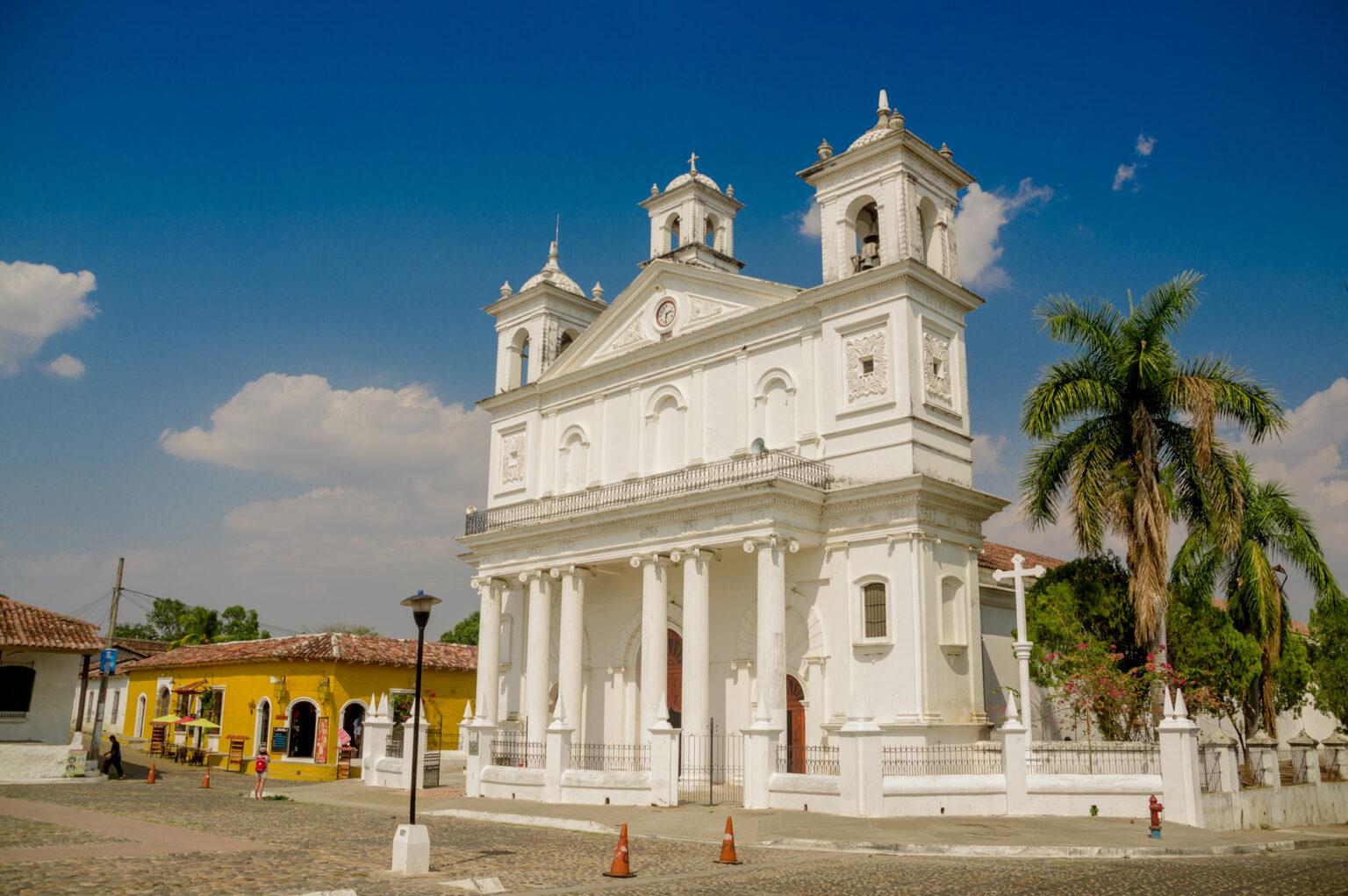 El Salvador führt Bitcoin-Steuerbefreiung für ausländische Investoren ein